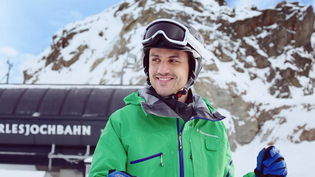 Darsteller bei Filmproduktion der just GmbH für ÖAMTC Schutzbrief auf dem Kaunertal-Gletscher.