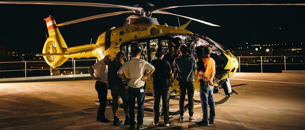 Filmcrew der just GmbH bei Filmproduktion für ÖAMTC TV-Spot Nothilfe.